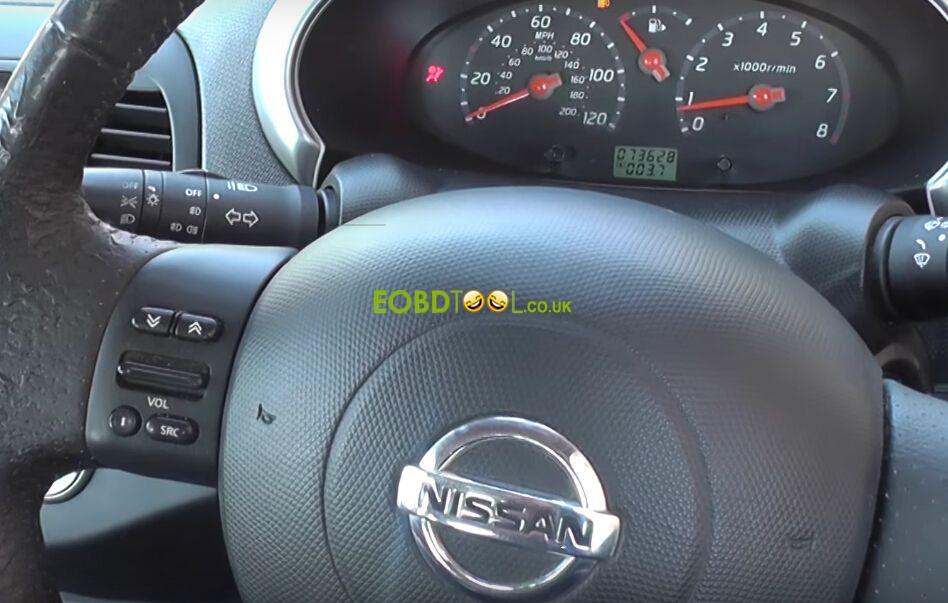 Autel-MD802-reset-Nissan-airbag-light-1