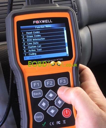 Foxwell-NT500-reset-SKODA-service-light-4