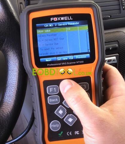 Foxwell-NT500-reset-SKODA-service-light-7