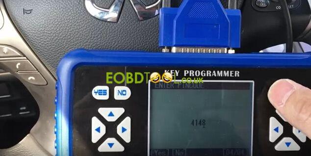 Superobd-SKP900-make-Ifiniti-smart-key-5