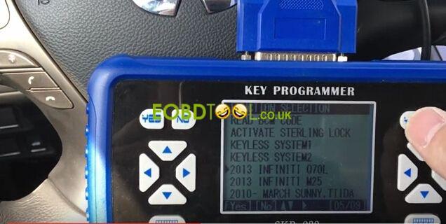 Superobd-SKP900-make-Ifiniti-smart-key-6